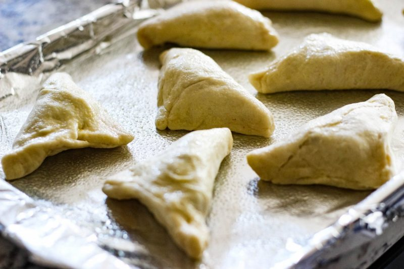 immaculate baking, samosa recipe, love alfa, indian recipes, easy indian holiday recipes, indian appetizers, crescent roll recipes