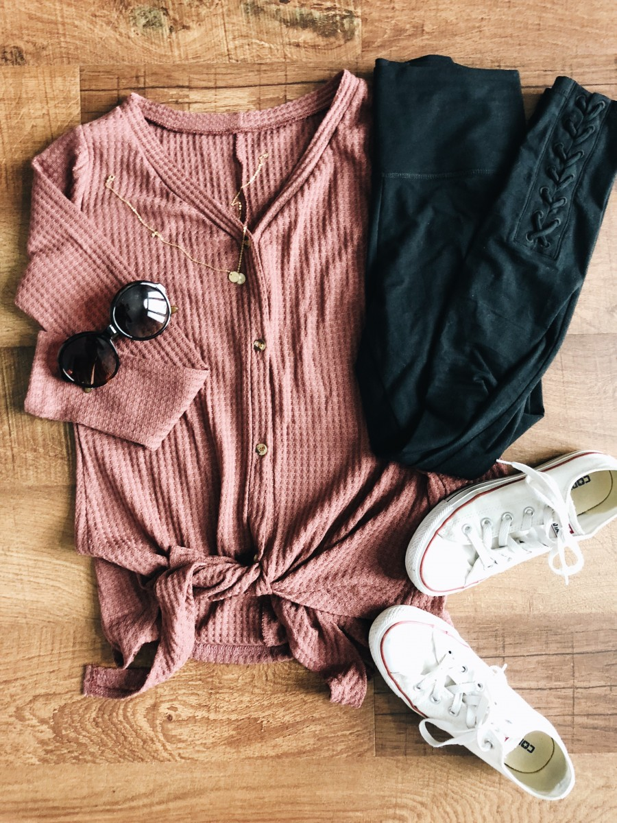 waffle tie shirt, leggings, converse, comfy mom outfit, shirt flatlay