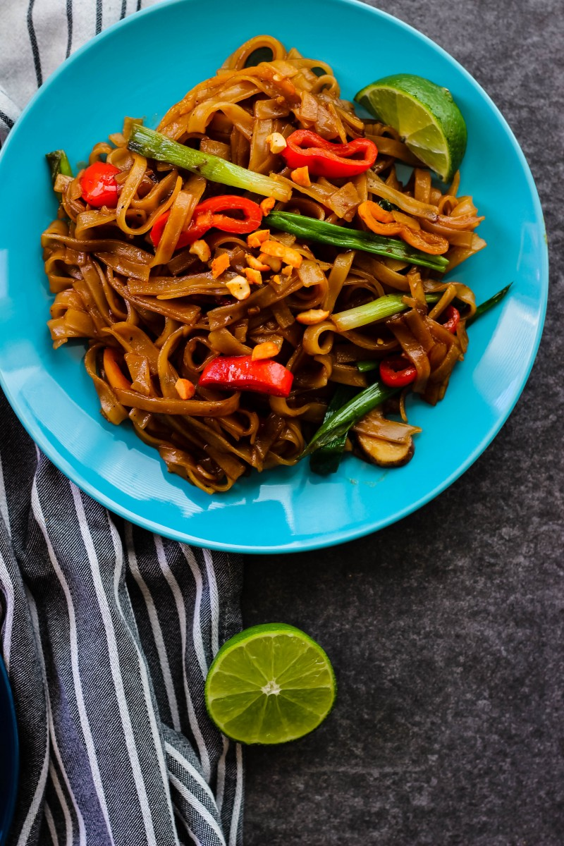 stir fried noodles, asian noodles recipes, easy asian dishes, noodle recipes, easy noodle recipes, easy asian recipes