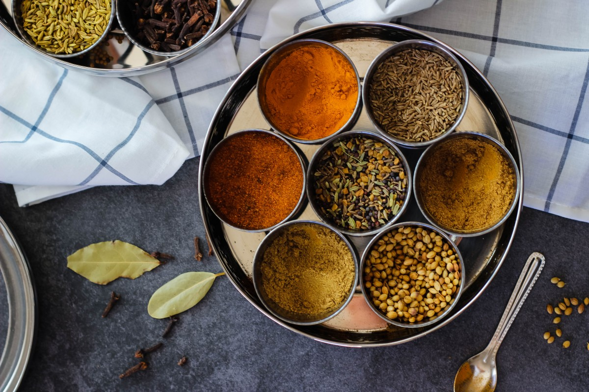 spice box, indian spice box, indian spice dabba, spice container, indian spice container, what indian spices should i buy