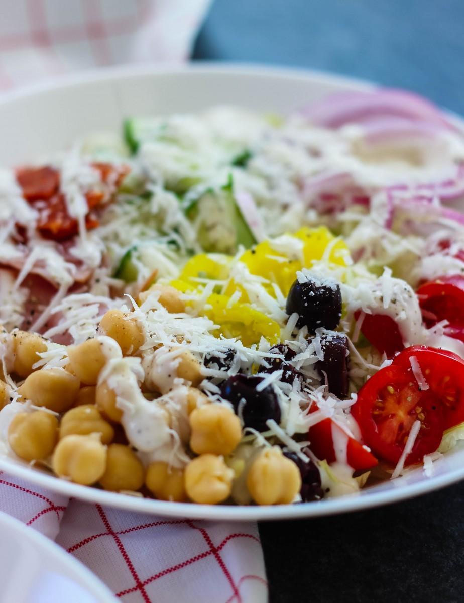 chopped italian salad, easy salad recipes, salads for a party, chopped salad recipes, italian salads
